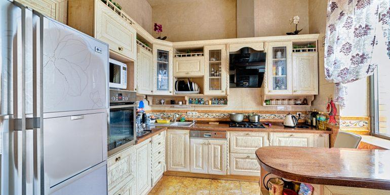 sale-odessa-private-home-for-hotel-photo-14