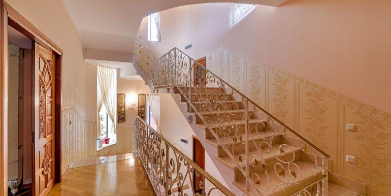 sale-odessa-private-home-for-hotel-photo-17