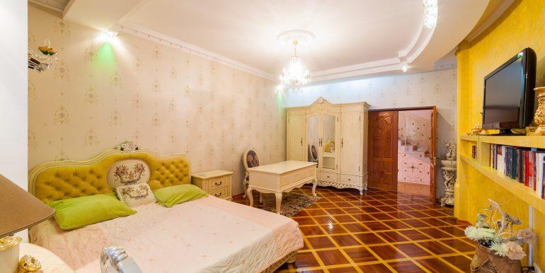 sale-odessa-private-home-for-hotel-photo-20