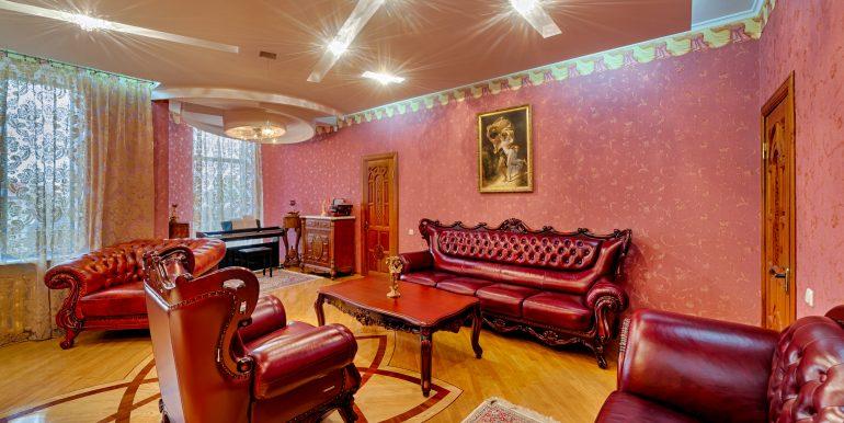 sale-odessa-private-home-for-hotel-photo-24
