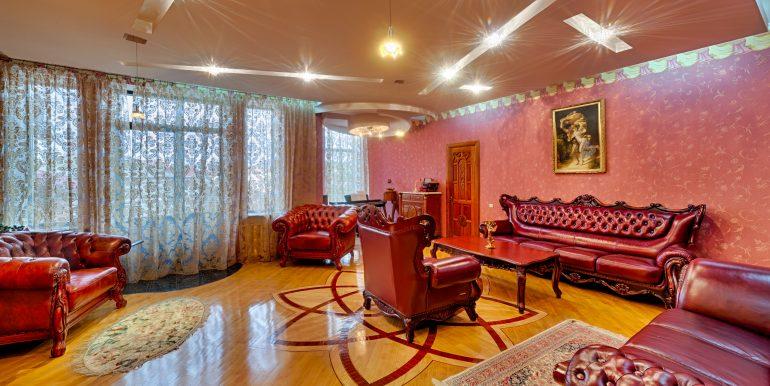 sale-odessa-private-home-for-hotel-photo-25