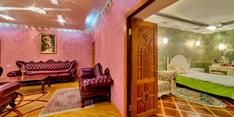 sale-odessa-private-home-for-hotel-photo-34