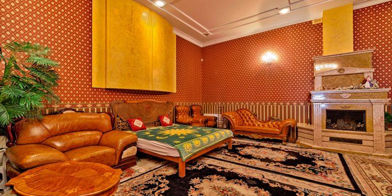 sale-odessa-private-home-for-hotel-photo-5