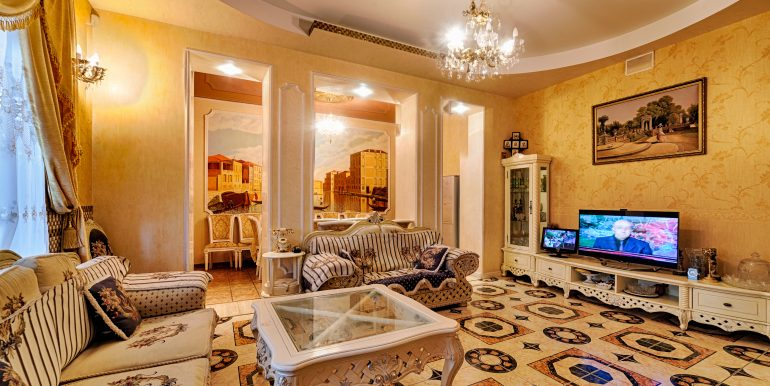 sale-odessa-private-home-for-hotel-photo-8