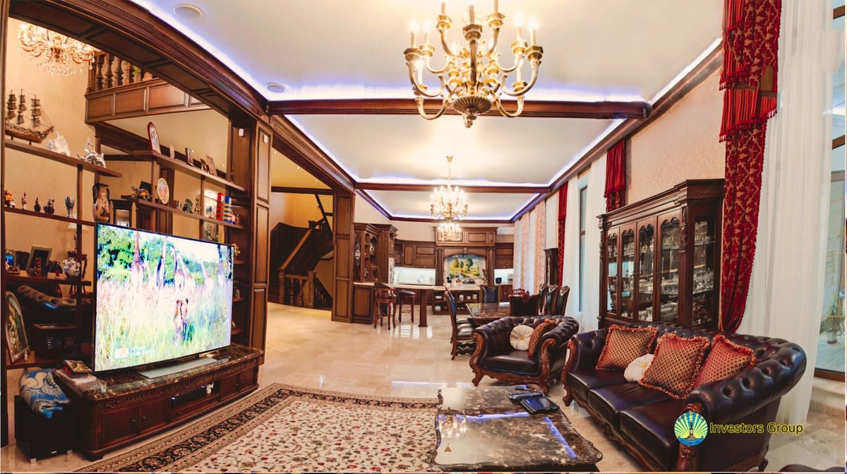 Luxury House for Sale in Odessa