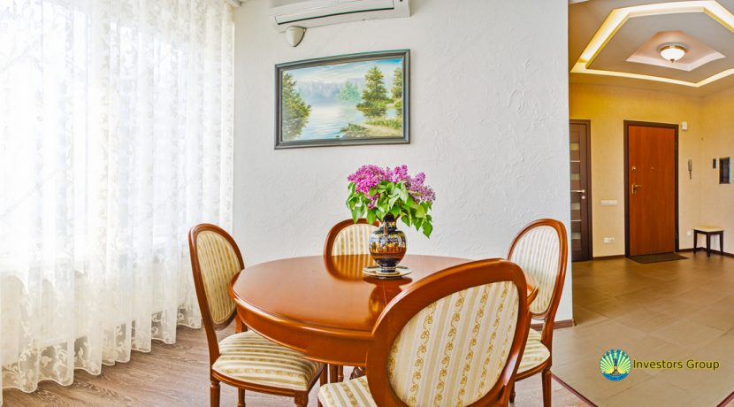 sale-2-bedroom-arcadia-odessa-apartment-04