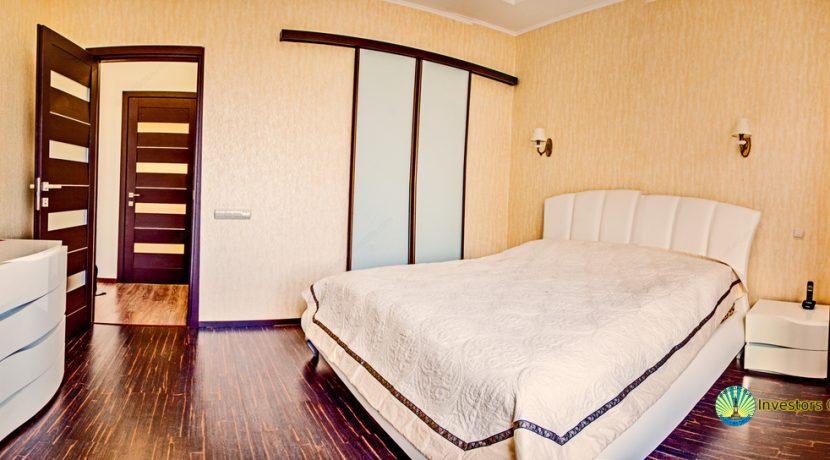 sale-2-bedroom-arcadia-odessa-apartment-06