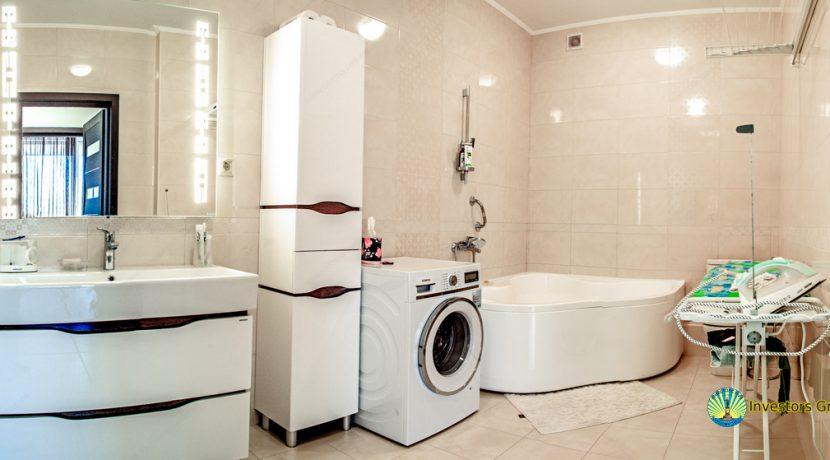 sale-2-bedroom-arcadia-odessa-apartment-07
