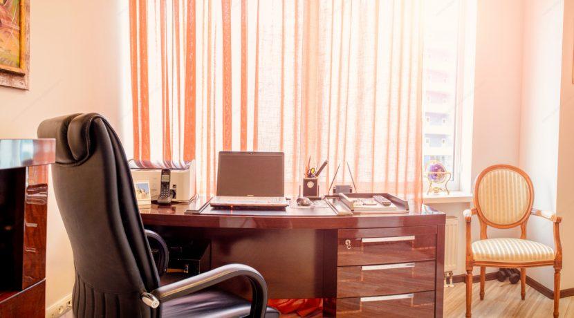 sale-2-bedroom-arcadia-odessa-apartment-09