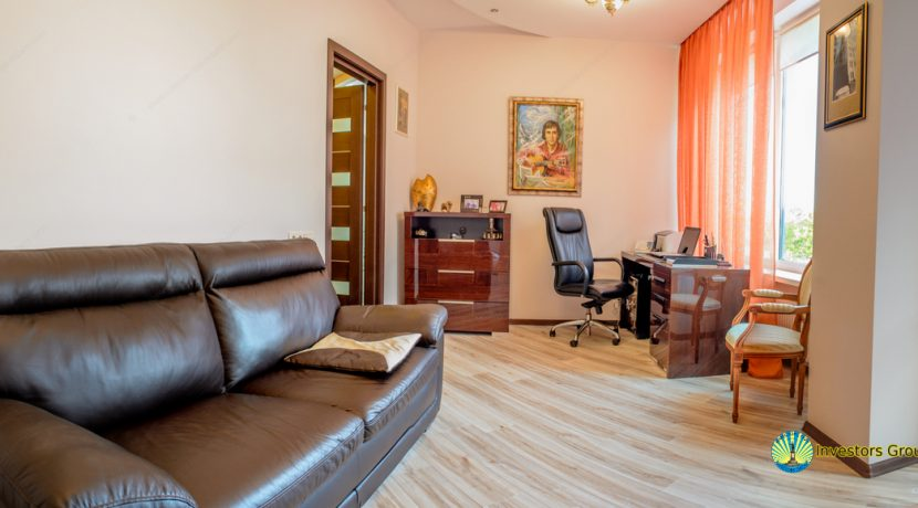 sale-2-bedroom-arcadia-odessa-apartment-10