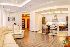 sale-luxury-2-bedroom-apartment-in-arcadia-odessa