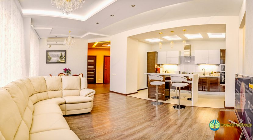 sale-luxury-2-bedroom-apartment-in-arcadia-odessa