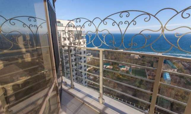 sale-2-room-odessa-apartment-with-sea-view-photo-8
