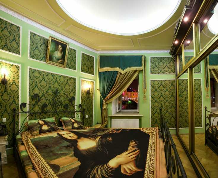 2 bedroom apartment sale on Deribasovskaya street.