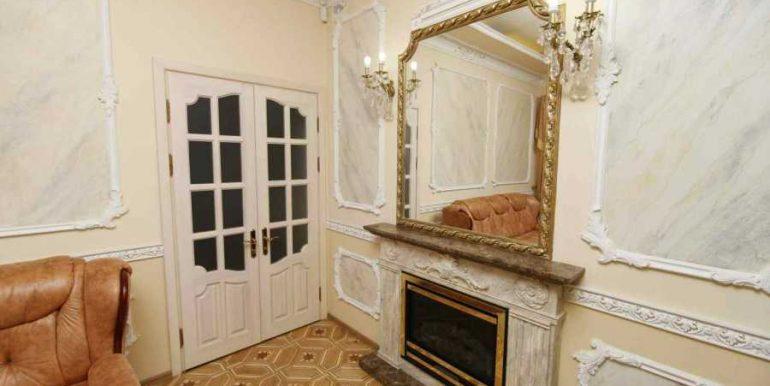Sale 3 room Odessa Apartment on Deribasovskaya,photo 4