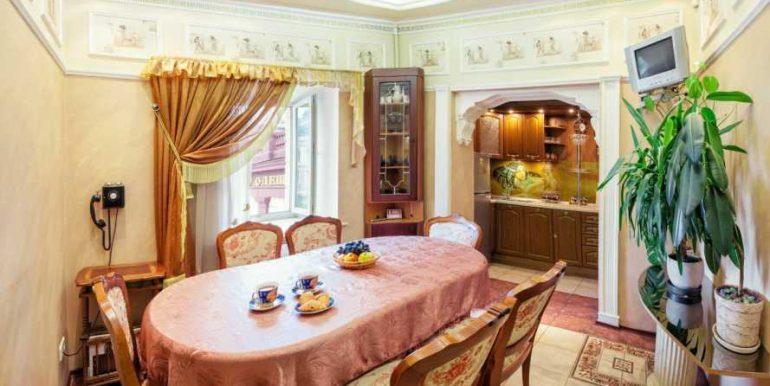 Sale 3 room Odessa Apartment on Deribasovskaya,photo 5