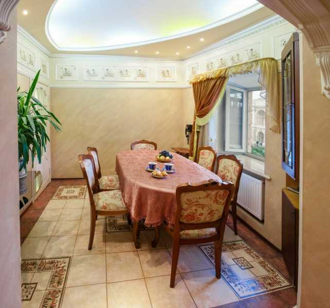 2 Bedroom Apartment Sale On Deribasovskaya Street In