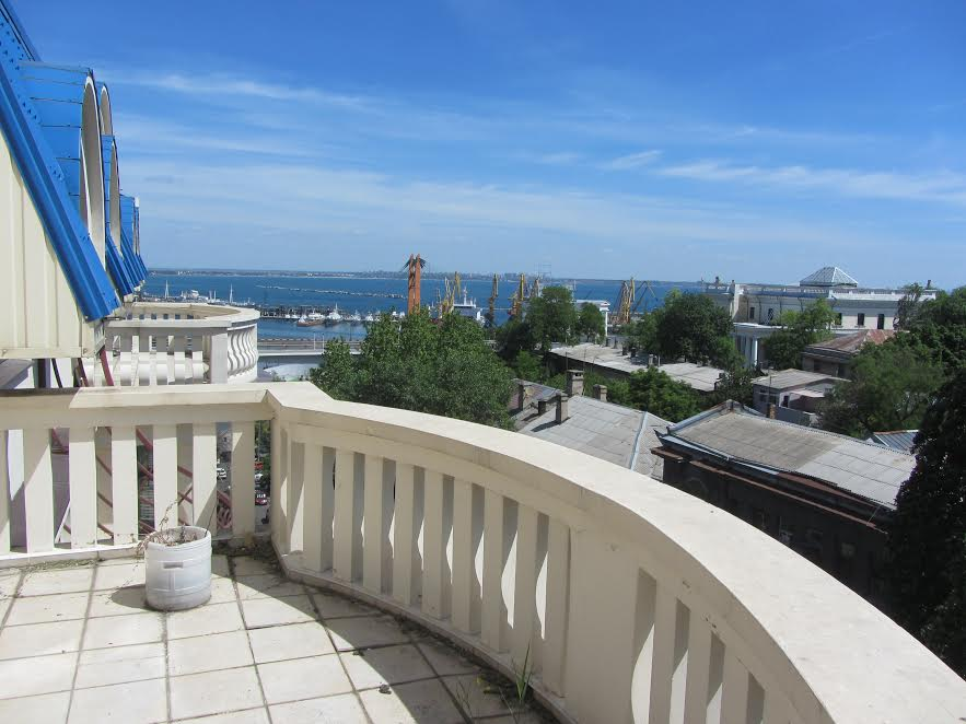 sale 2 floors together, apartment  downtown Odessa