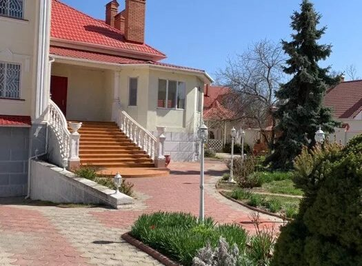 Sale house in Odessa 4 bedrooms, with a large plot of land, photo 1